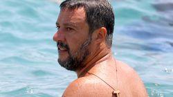 Processano Salvini e lui va a farsi il bagno al