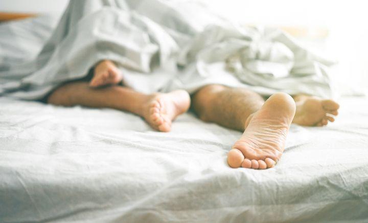 Il paraîtrait même que le coït aide à se sentir mieux, notamment quand les crampes abdominales nous clouent au lit plusieurs jours par mois.
