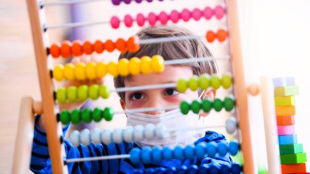 Les enfants sont-ils épargnés par le Covid-19, mais surtout, peuvent-ils propager le coronavirus