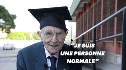 À 96 ans, cet homme est le diplômé le plus vieux
