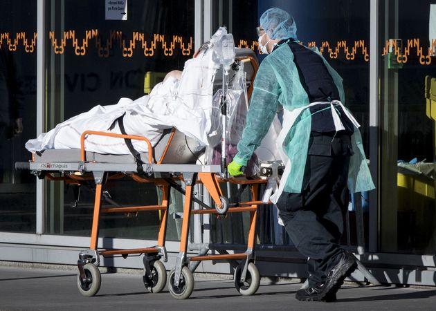 Coronavirus: le nombre de malades en réanimation repart à la