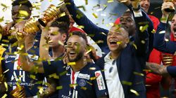 Le PSG remporte la dernière Coupe de la Ligue de l'histoire aux tirs au but face à