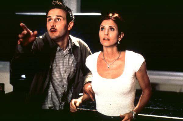 L&rsquo;actrice Courteney Cox va retrouver son r&ocirc;le de Gale Weathers dans <i>Scream 5</i>.
