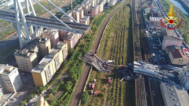 Le pont effondré de Gênes, ici le 15 août