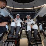 SpaceX rientra sulla Terra, Trump e Obama si contendono il