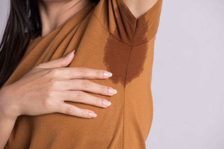 Celebrity Fashion: Antiperspirants can truly stop your physique from sweating, whereas deodorants most intriguing conceal the scent of your sweat.