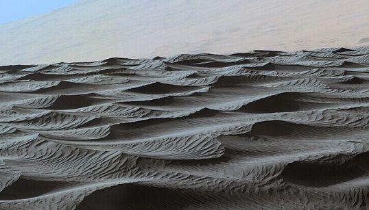 큐리오시티가 화성에서 보낸 사진 8장 (셀카