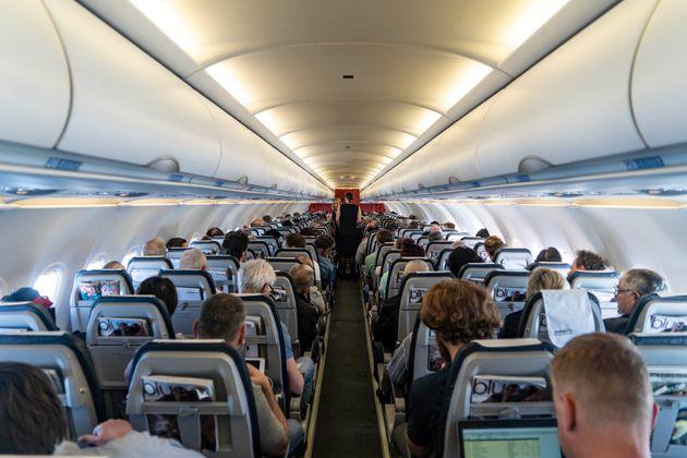 243.530 επιβάτες με 1.817 διεθνείς πτήσεις στα αεροδρόμια του Νοτίου