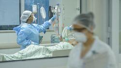 Bolsonaro veta indenização a profissional de saúde morto ou incapacitado por