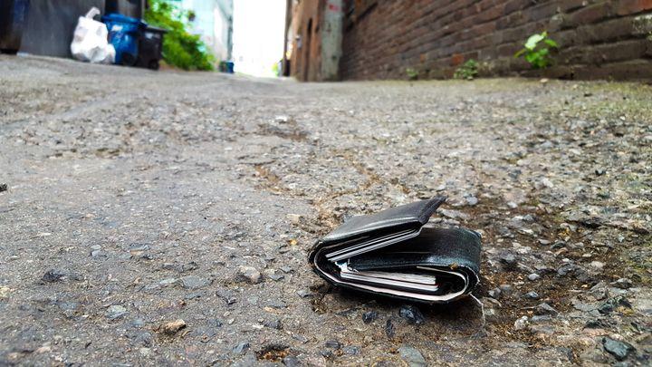 Une saga enclenchée par un portefeuille égaré s'est terminée, près de trois ans plus tard, par une décision du Comité de déontologie policière.