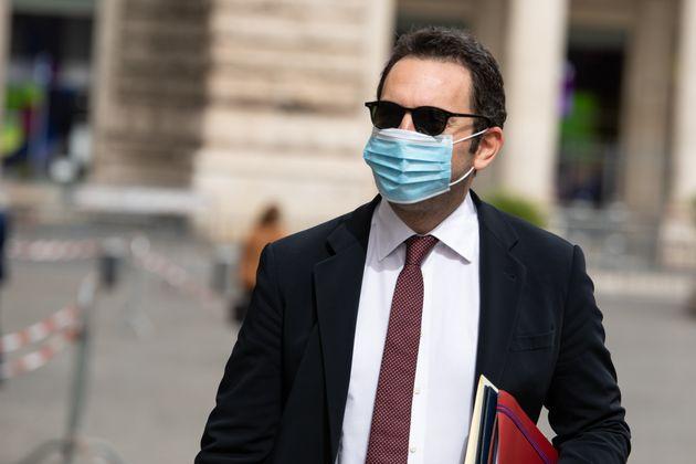 ROME, ITALY - 2020/05/13: The Minister of Sports, Vincenzo Spadafora, enters Palazzo Chigi to participate...