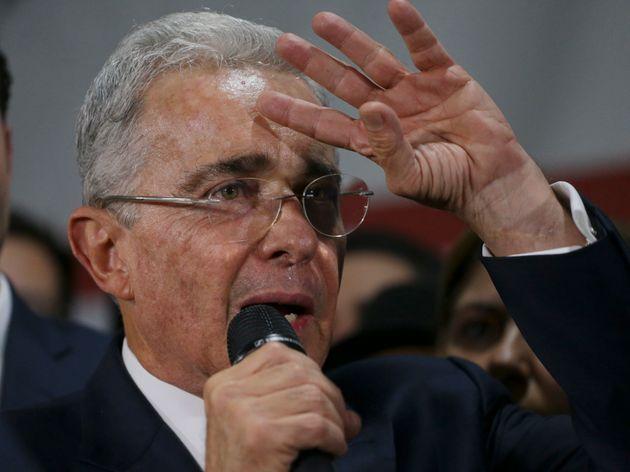 Uribe habla a sus