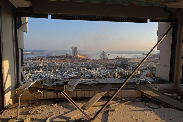"""""""Lasciate Beirut"""". Almeno 100 morti e 4000 feriti nell"""