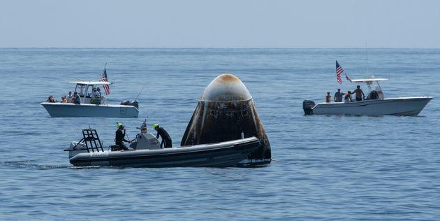 «Σαν να ζωντάνεψε»: Οι αστροναύτες περιγράφουν την επιστροφή με το