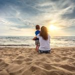 Chiede distanze per il figlio trapiantato. Aggredita in spiaggia:
