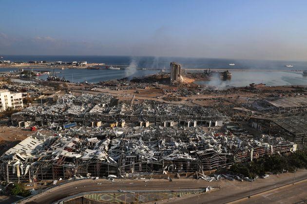 Busca por sobreviventes segue em Beirute, que tem até 300 mil