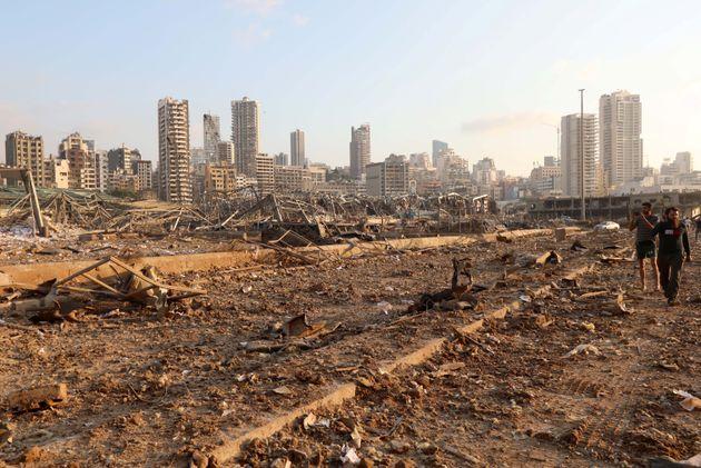 Região próxima ao porto de Beirute foi completamente devastada por explosão em armazém...