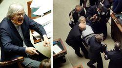 Vittorio Sgarbi sospeso per 15 giorni dalla Camera. Fico: