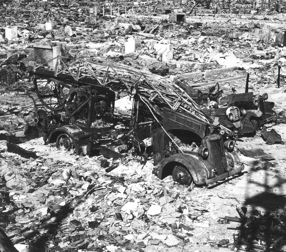 Devastação causada em Hiroshima pela bomba