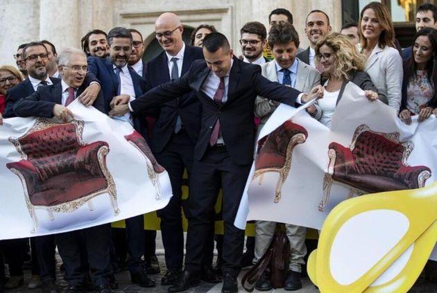 Il taglio dei parlamentari è solo espressione del becero antiparlamentarismo dei 5