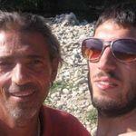 Padre e figlio morti di overdose, i sospetti della moglie: