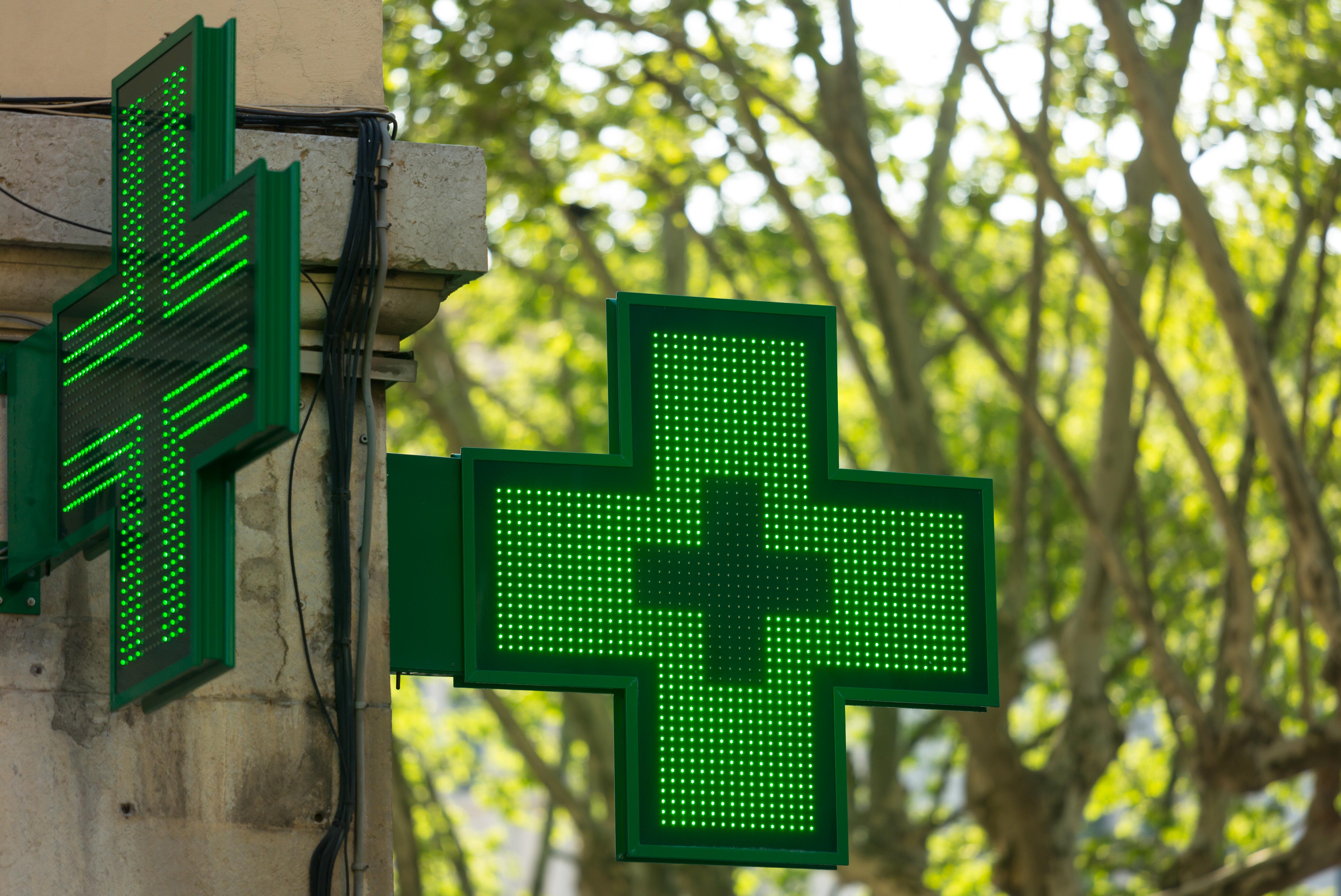 Un cliente indigna por lo que dijo tras pedir Paracetamol en una farmacia de Valencia