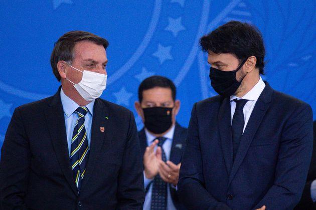 Bolsonaro espera colher frutos da proximidade entre Faria e o presidente da Câmara dos Deputados,...