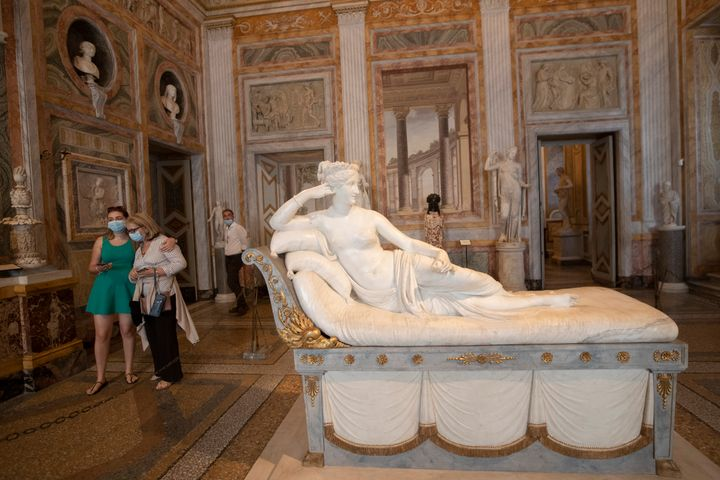 The marble version of the statue sits in the Galleria Borghese in Rome.