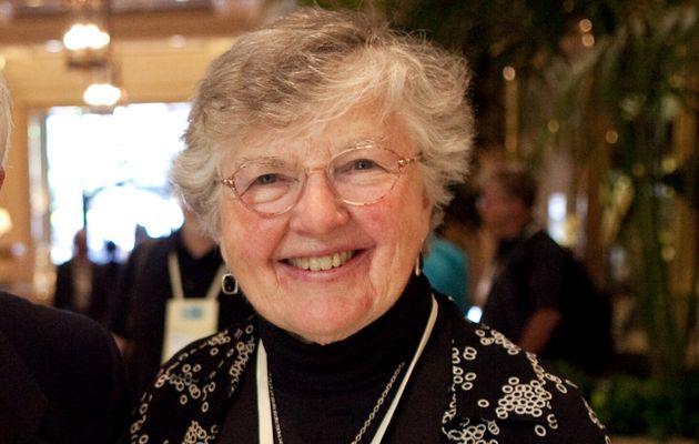 Frances E. Allen, le jour où elle a reçu son prix Allan Turing, en