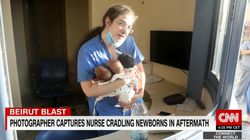 Infermiera tiene in braccio tre neonati e li salva dall'esplosione a