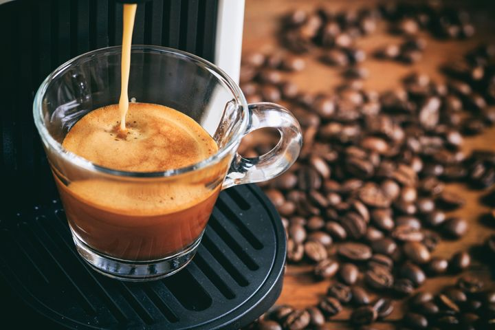 Espresso machines range in price from about $100 and<strong>&nbsp;</strong>$1,000, so it might be confusing to figure out which one is best for home use &mdash; especially if you're a beginner.