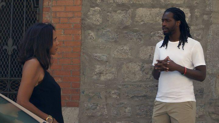 Dans le documentaire, Isabelle Racicot part à la rencontre de différents intervenants, connus ou non, pour recueillir leurs témoignages sur le racisme.