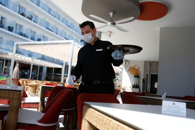 Un camarero en Palma de
