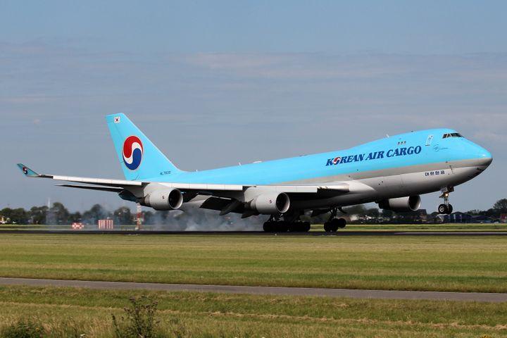 대한항공은 화물수송을 크게 늘린 덕분에 2분기 흑자를 기록했다.