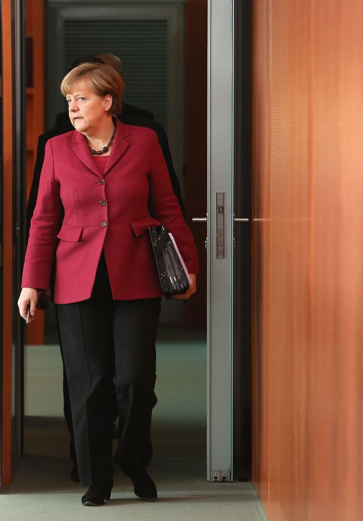 2015년 3월 18일 베를린에서 국무회의를 위해 도착한 메르켈 총리