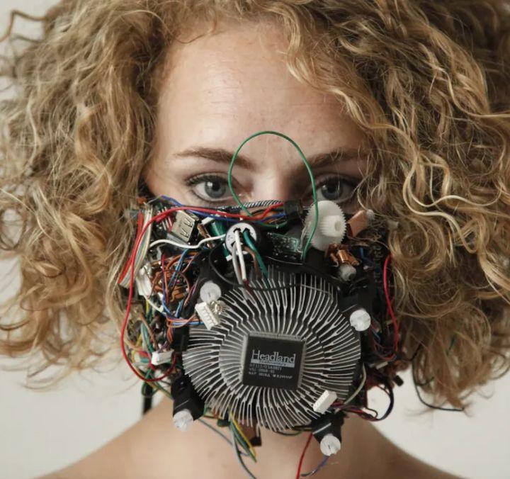 Face mask - via ANGELA MORRIS WINMILL
