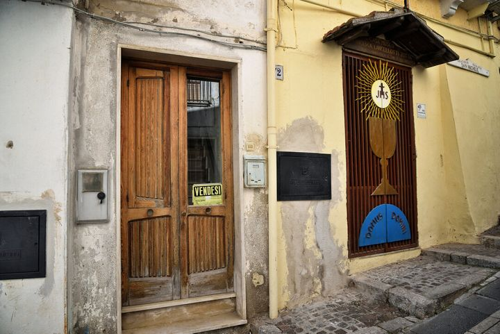 Una delle tante case in vendita a Oppido Lucano