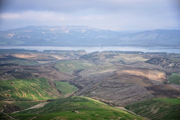 Il panorama che si ammira da Miglionico, paesino di poco più di 2mila abitanti vicino a Matera