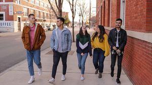 «World of Difference»: Οι νέοι που παίρνουν τη δύναμη να στήσουν μια διαφορετική