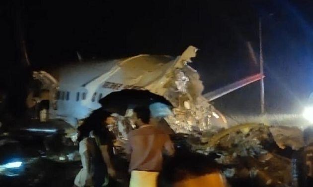 Ινδία: Συντριβή αεροσκάφους με 191 επιβάτες - Τουλάχιστον 16