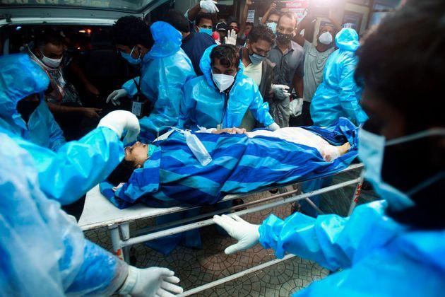 Ινδία: Στους 18 οι νεκροί από την συντριβή επιβατηγού