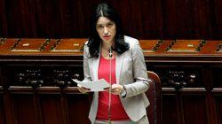 Azzolina replica a Salvini: