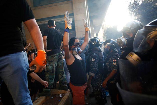 Ces opérations coup de poing contre des ministères que les Libanais considèrent...