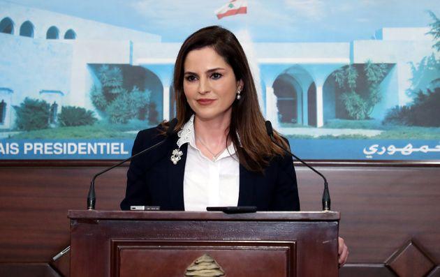 La ministre de l'Information du Liban, Manal Abdel Samad a annoncé qu'elle démissionnait...