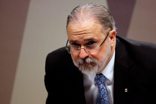 Dentro do Ministério Público, há uma tensão crescente envolvendo Augusto...