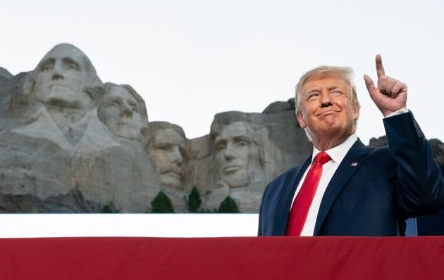 Donald Trump se verrait bien figurer au Mont Rushmore au côté de quatre des plus prestigieux présidents...