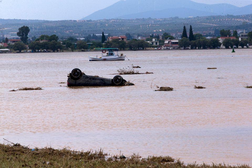 Η επόμενη ημέρα της τραγωδίας στην Εύβοια μέσα από 20