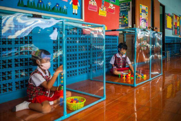L'écoleWat Khlong Toey à Bangkok, en Thaïlande, a mis en place un protocole...