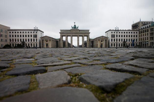 Γερμανία: Φόβοι καθιέρωσης των περιοριστικών μέτρων του κορονοϊού για έναν ακόμη