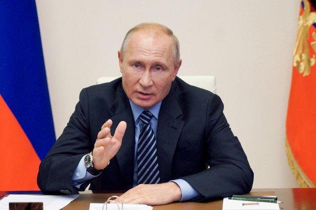 Ρωσία: Εγκρίθηκε το πρώτο εμβόλιο για τον κορονοϊό